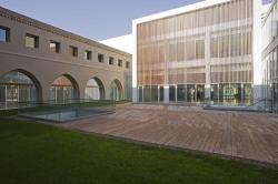 Администрация Сарагосы в здании бывшей семинарии