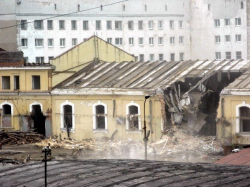 10 памятников в Петербурге, которые нужно срочно спасать