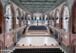 Концертный зал в Мариенкирхе. Нойбранденбург. 2000. Фото с сайта mimoa.eu