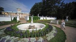 Незаметно для всех парк Архангельского приговорен к смерти