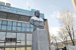 Владимир Ресин, депутат Госдумы, советник мэра Москвы: «В столице построят «Полуостров ЗИЛ». Я уверен - получится!»