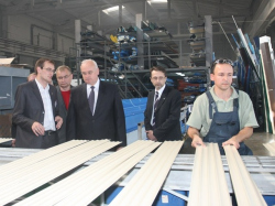 Председатель Мингорисполкома посетил частное промышленное предприятие «Алстронг»
