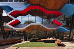 Центр молекулярных исследований Университета Ла Троба