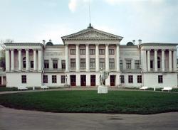 «У нас не музей конного двора, у нас музей дворца». Что будет с «Останкино»