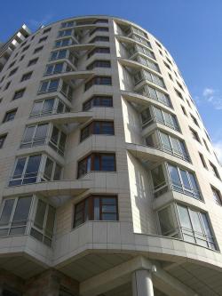 Apartment building in the second Truzhenicov pereulok
