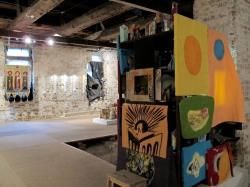 «Дары» актуальных художников выставили в музее Щусева