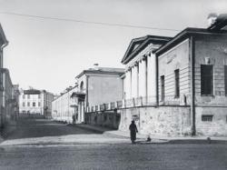 Столица сейчас и сто лет назад
