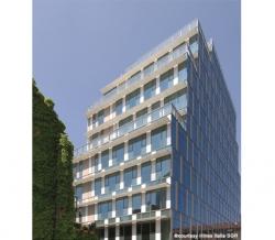 Офисное здание Isola