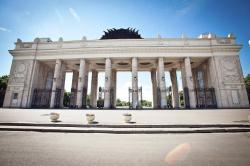 Главный вход ЦПКиО закрылся на плановую реконструкцию