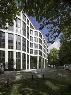 Офисное здание Tesdorpfstrasse 8