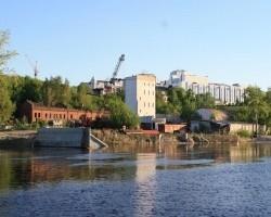 Строительство набережной: памятник не обойти