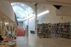 Архитектура вне культуры и истории: медиатека Стефана Фулона