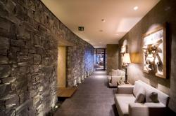 Отель Gstaad Palace – интерьер спа-центра и фитнес-клуба