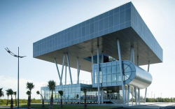 Здание мэрии в Лазике. 2012 © Architects of Invention