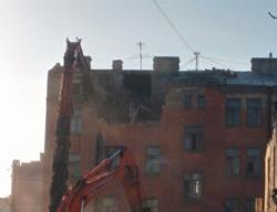 Начался снос исторического дома №36 по улице Мира