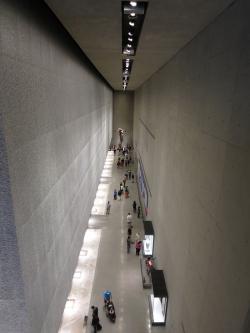 Национальный мемориальный музей 11 сентября в Нью-Йорке. Фотография: Edward Stojakovic via Flickr. Лицензия CC BY 2.0