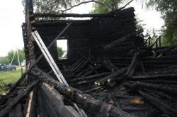 Как выглядела сгоревшая Никольская церковь?