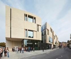 Библиотека и учебный корпус Гринвичского университета