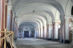Судьбу сотни объектов культурного наследия Петербурга решат к осени