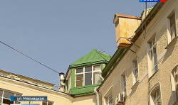 "Московские ""карлсоны"" портят мансардами памятник архитектуры"