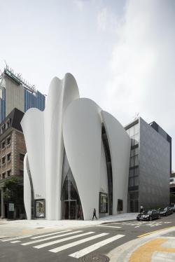 Магазин Dior в Сеуле