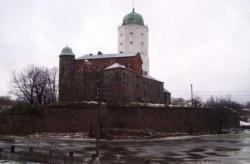 Реставрация Выборгского замка праздникам не помеха