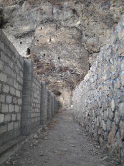 Глава РСО-Алания Тамерлан Агузаров: Дзивгисская крепость не должна стать украшением частных владений