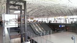 Вокзал и ратуша Делфта