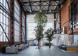 Здание офиса продаж компании PSN Group