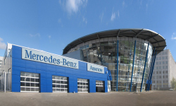 """Mercedes-Benz"" company′s trade and service centre ""Avilon"""