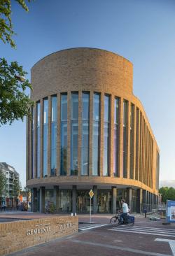 Новая ратуша в Верте