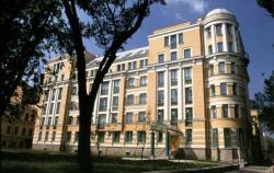 Жилой дом на Суворовском проспекте