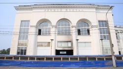 В здании Речного вокзала снесли аварийную секцию