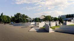 Благоустройство площади Промышленности перед павильоном «Космос» на ВДНХ