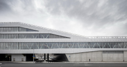 Паромный терминал Värtaterminalen