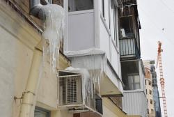 В столице Урала наводят порядок с вывесками, кондиционерами и балконами