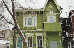 Волонтеры отреставрируют памятник деревянного зодчества в Томске