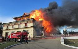 Власти выделят 40 млн руб. на восстановление сгоревшего буддийского храма в Забайкалье