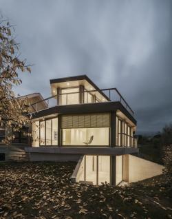 Частный дом House M