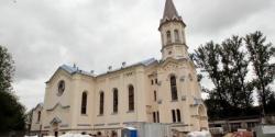 Костелу на Выборгской стороне вернули исторический облик