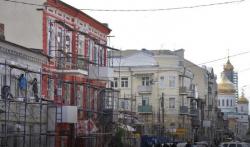 Ростовчане раскритиковали оранжевый цвет зданий в историческом центре города