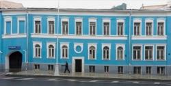 Глюки и баги московского благоустройства: подборка «Архитектурных излишеств»