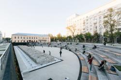 Юрий Сапрыкин — о том, как важно появление в Москве «немест»