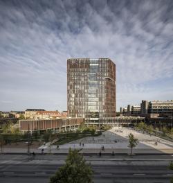 Башня Maersk, здание факультета медицинских наук Копенгагенского университета