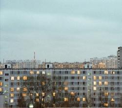 Мы соседи, мы в ответе: как рассказывать о городах, собирая фотографии панельных домов со всего мира