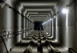 Пустые тоннели и гигантские котлованы: как строят новые станции метро