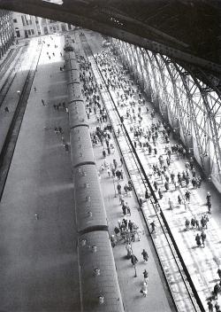 На Венецианской биеннале воссоздадут камеру хранения и первый в России вокзал