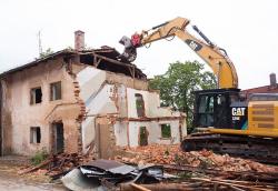 «Я рассчитывал, что никто не узнает». Лакинский чиновник заплатит миллион рублей за снос памятника архитектуры