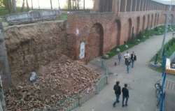 Правительство Смоленской области заявило о законности демонтажа части крепостной стены XIX века