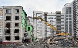 Реновация и реконструкция в Москве: для чиновников первое - любо, второе – кость в горле